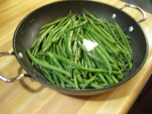 Cooked French beans w/ butter